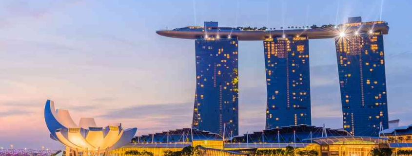 Singapore property market - Marina Bay sands in evening
